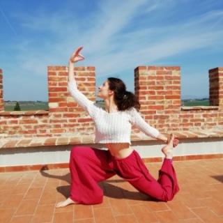 Vacanza con lezione di yoga sulla torre ...